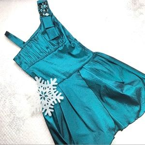 Formal Party Holiday or Wedding dress Size 12
